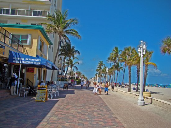 Hollywood Beach Theatre Along Boardwalk Picture Of Hollywood Broadwalk Hollywood Tripadvisor