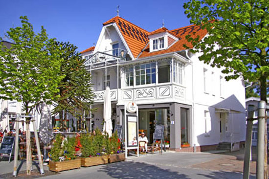 Photo of Hotel Villa Neander Ostseebad Binz