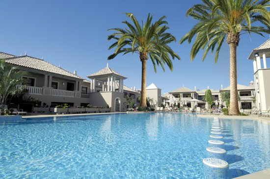 Marylanza Suites & Spa