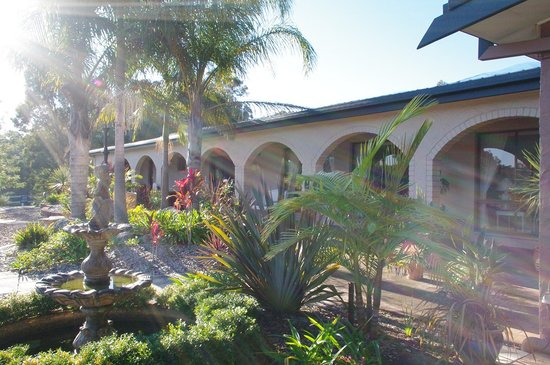 Batemans Bay Manor - Bed and Breakfast