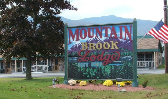 ‪Mountain Brook Lodge‬