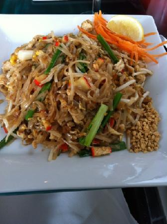 Lycheetini yum picture of bangkok bistro at ballston for Arlington thai cuisine