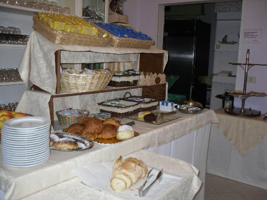 Hotel Airone: buffet colazione