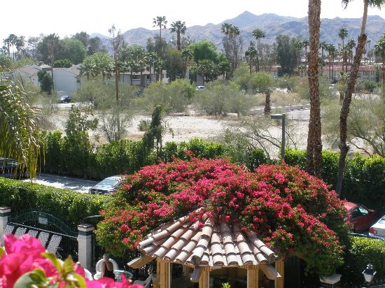 BEST WESTERN PLUS Las Brisas Hotel: View from outside our room (3rd floor Building A)