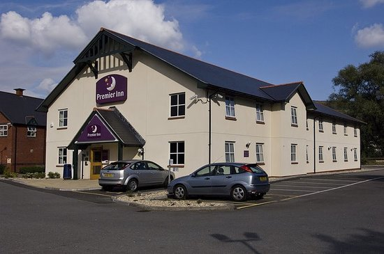 Premier Inn Aberdare