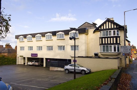 Premier Inn Alderley Edge