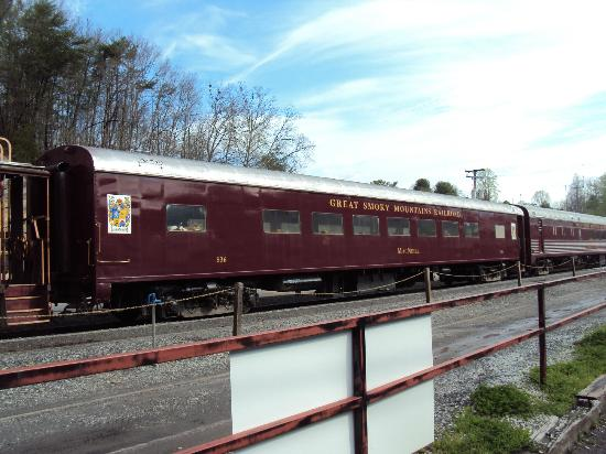 Charleston Inn: 1st Class car on Great Smoky Mountain Railroad