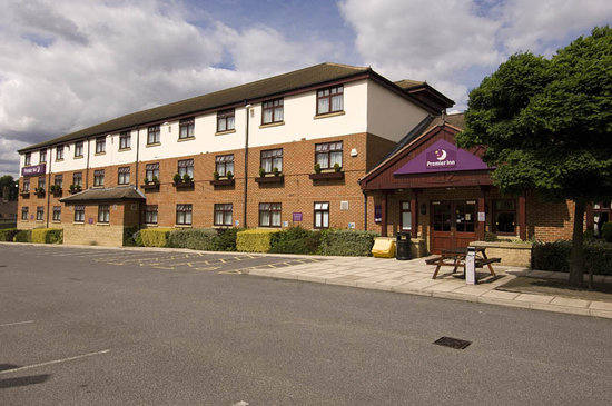 Premier Inn Castleford - M62/J31