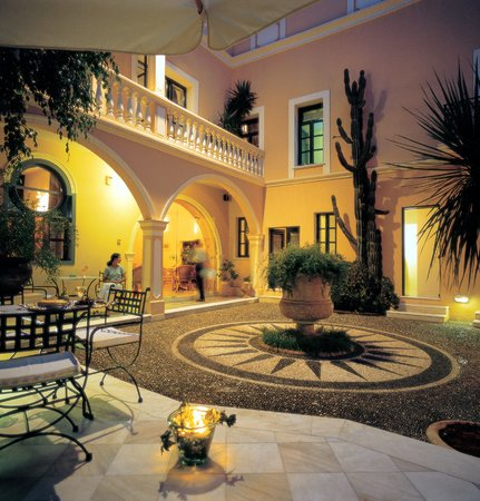 Casa Delfino Hotel & Spa
