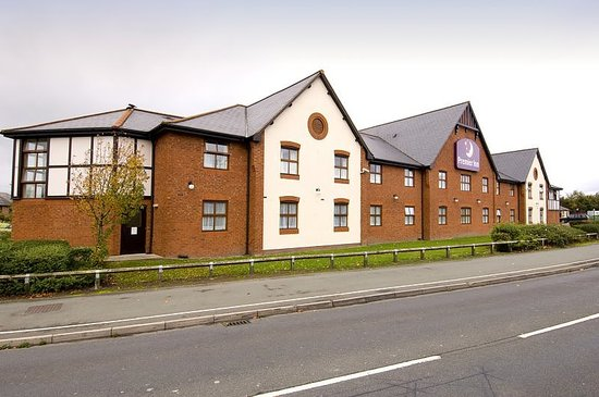 Premier Inn Chester Central (South East) Hotel