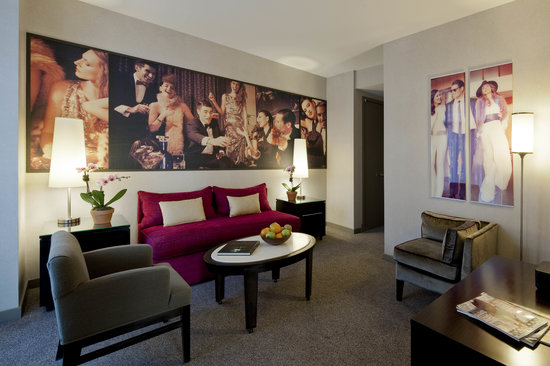 Gansevoort Meatpacking NYC: Gansevoort Suite Living Room
