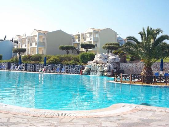 Agios Spyridonas, Greece: Lovely pool