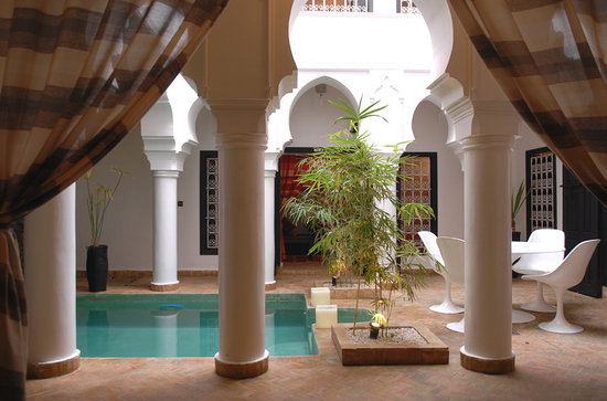 Riad L&#39;Orchidee: Patio vu du salon