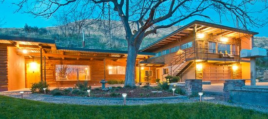 Photo of Boise Hillside Suites Bed and Breakfast