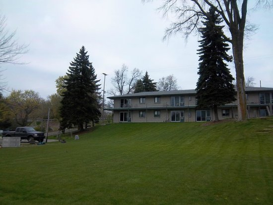 Clearwater Resort and Motel