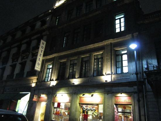Night view of Hotel Principal