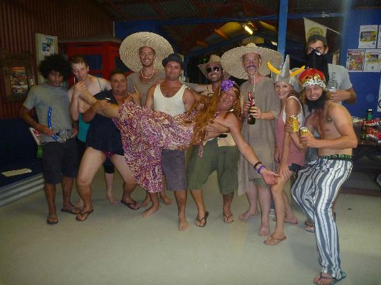 Cable Beach Backpackers: Theme Night