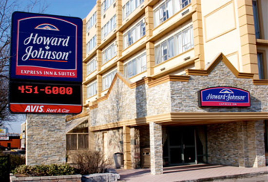 Howard Johnson Express Inn and Suites - Brampton: NEWLY RENOVATED !