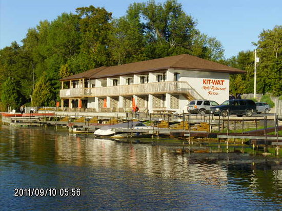 Sauble Beach, Canad: kit-wat view from water