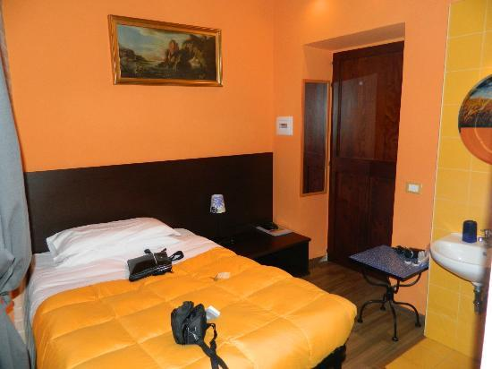 Chambre N 1 Picture Of Colors Hotel Rome Tripadvisor