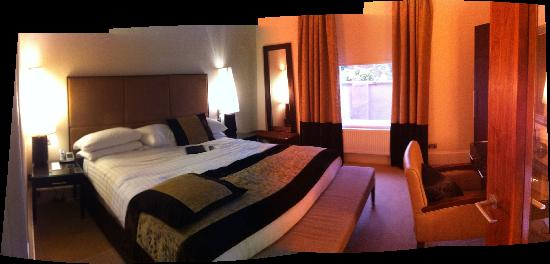 Rocpool Reserve hotel & Chez Roux: Our room, the place really is great