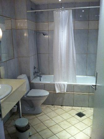 Hotel Du Nord Copenhagen: Tub/Shower