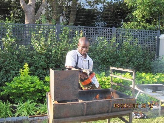 Roodenburg House: Philip barbecuing for me and my guests!