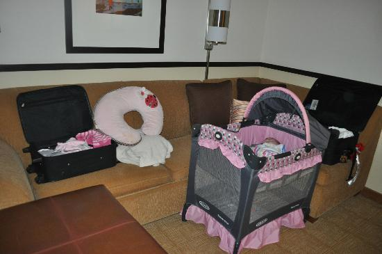 Hyatt Place Mystic: Room for a crib
