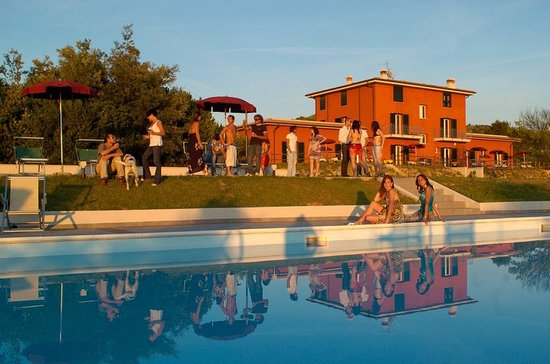 Villa Liburnia: Friendly time by the pool