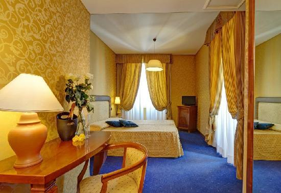 Photo of Hotel Selene Roma Rome