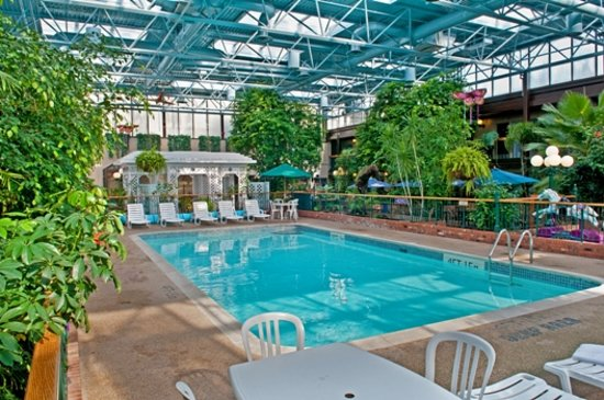 BEST WESTERN PLUS Cairn Croft Hotel: Indoor Tropical Courtyard