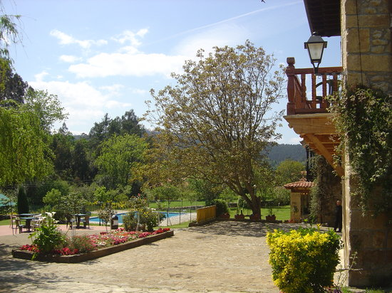 Photo of Hosteria El Pomar - Novales Comillas