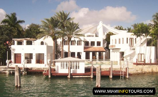 Celebrity homes on miami boat tour picture of miami for Celebrity houses in florida