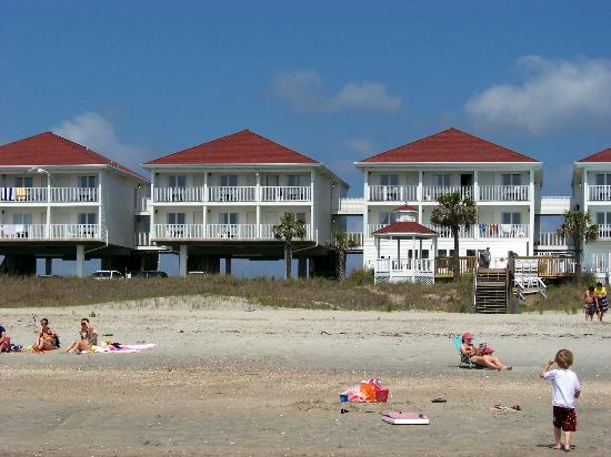 Islander Inn: View from the Beach