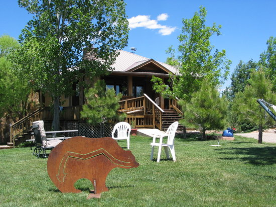Sundance Bear Lodge: Welcome to Sundance Bear