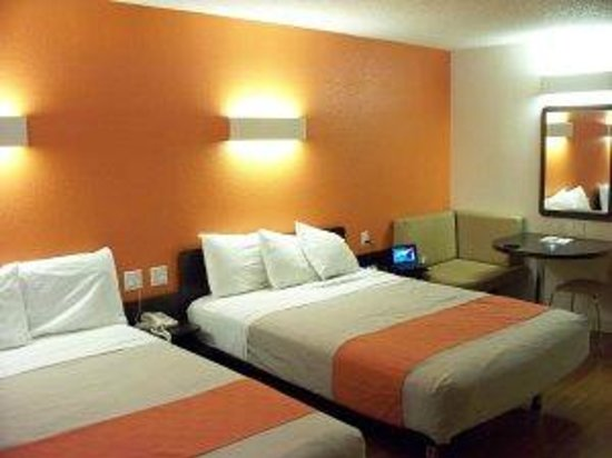 Motel 6 Anaheim Maingate: Comfy beds