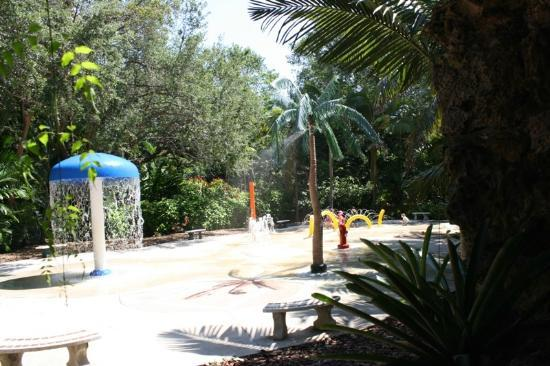 Pinecrest Gardens: The water play area