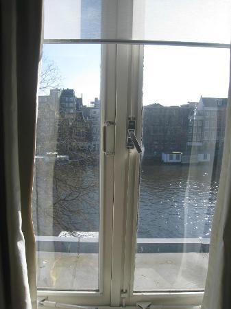 Amsterdam House Hotel: vista del canale dalla camera