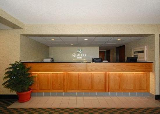 Quality Inn Reedsburg: Lobby