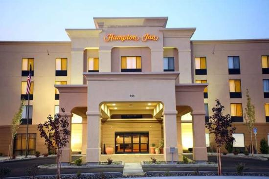 Hampton Inn Pendleton: Exterior