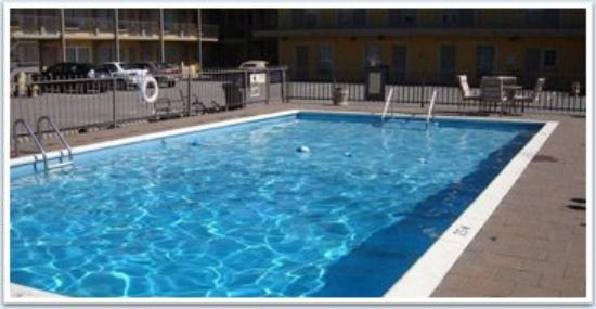 Niagara Falls Courtside Inn: Pic Pool