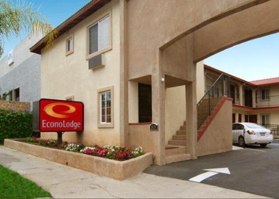 Econo Lodge Long Beach: Exterior