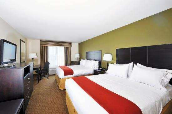Holiday Inn Express Hotel & Suites: Double Bed Guest Room