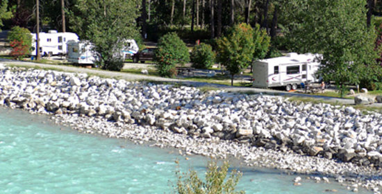 Golden Municipal Campground: Camping on the Kicking Horse