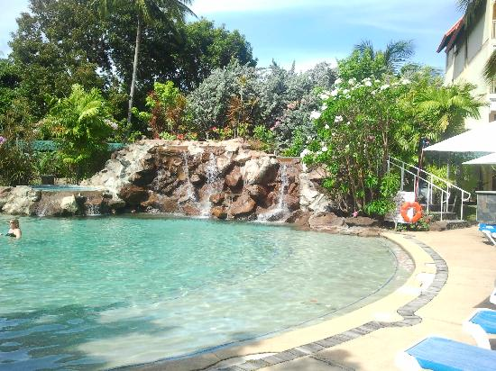 Grenada Grand Beach Resort: Pool Waterfall
