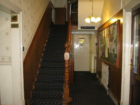 The Glen Hotel: Foyer