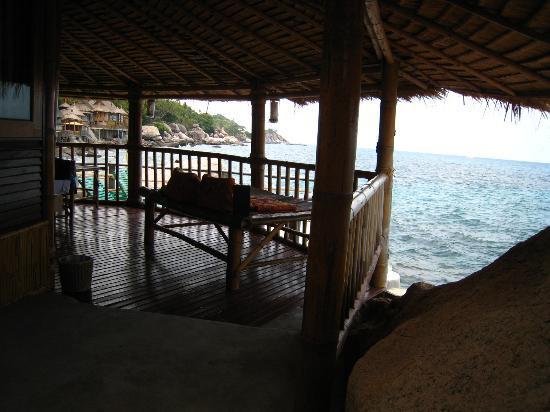 Koh Tao Bamboo Huts: balcony view