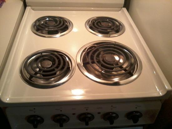 TownePlace Suites Atlanta Kennesaw: Stove (not sure if it worked or not)