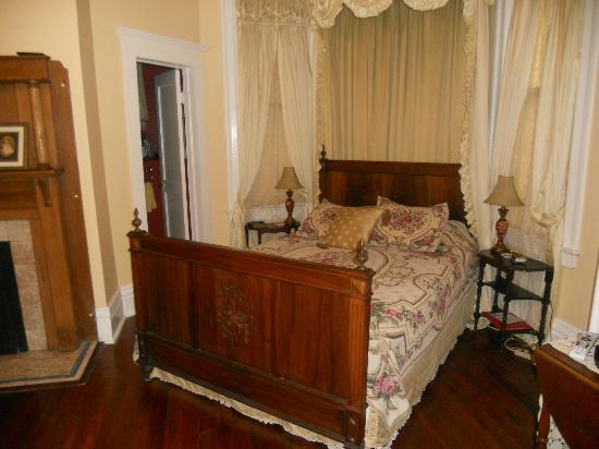 Bisland House Bed and Breakfast: Jessi's room