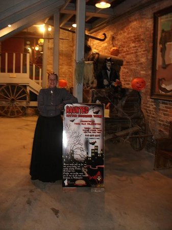 Haunted Cotton Exchange Tours